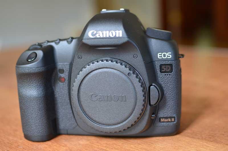 Unboxing de la c mara canon 5d mark ii for Canon 5d especificaciones
