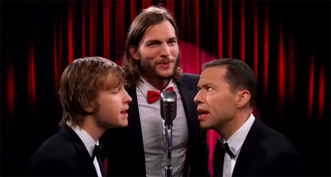 Two and a Half Men    con Ashton Kutcher reemplazando a Charlie SheenAshton Kutcher 2013 Two And A Half Men