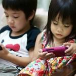 nuestros-hijos-con-telefonos-celulares