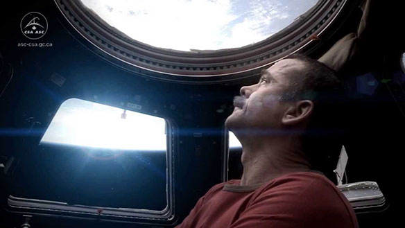 chris-hadfield-regresa-space-oddity