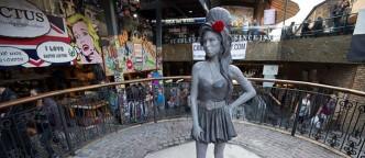 Amy-Winehouse-estatua-title