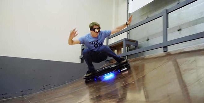 hendo-hoverboar-patineta-voladora-Tony-Hawk-02