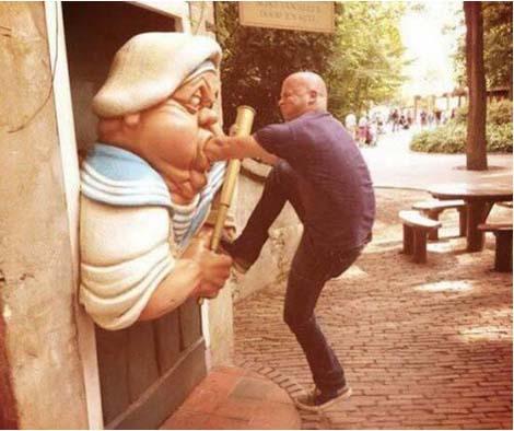 jugando-con-estatuas-08