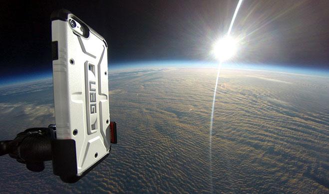 lanzan-iphone-6-desde-la-estratosfera-forro-uag