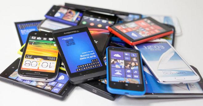 monton-de-smartphones