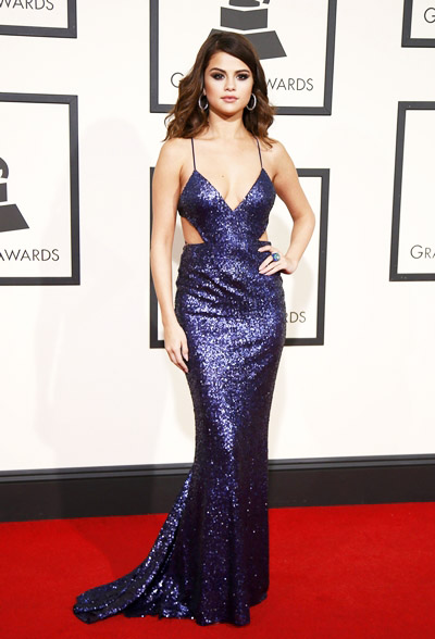 Singer Selena Gomez arrives at the 58th Grammy Awards in Los Angeles, California February 15, 2016. REUTERS/Danny Moloshok