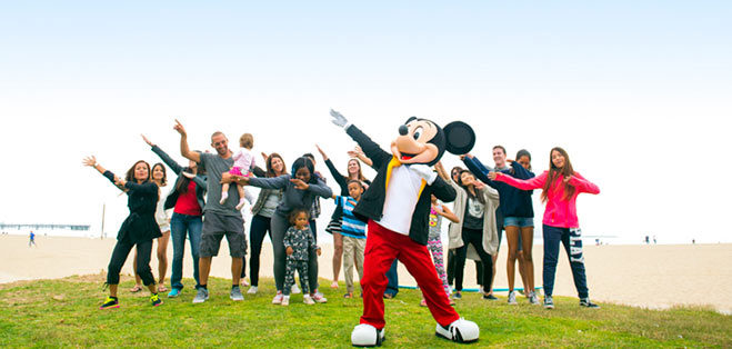 mickey-mouse-cumpleanos-viaje-mundo